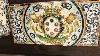Mattone con stemma Medici